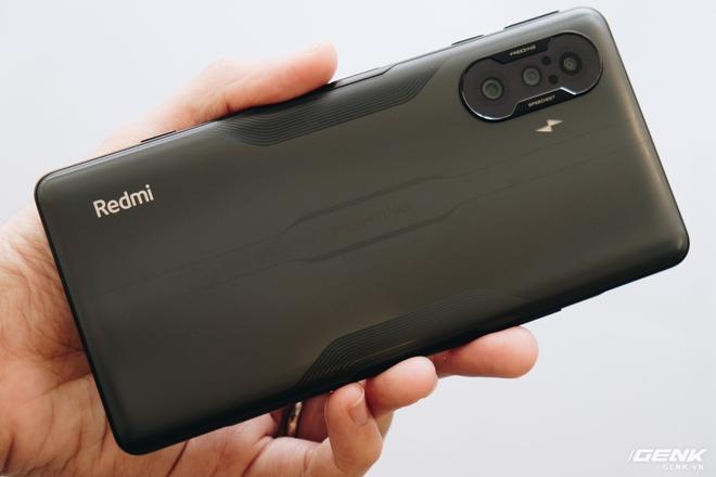 Trên tay Redmi K40 Gaming: Smartphone gaming cấu hình mạnh, giá rẻ nhưng thiếu vắng dịch vụ Google - Ảnh 5.