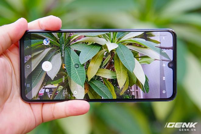 Trên tay Vivo V21 5G: thiết kế mỏng nhẹ đẹp mắt, đặc biệt có Camera selfie 44MP chống rung OIS - Ảnh 9.