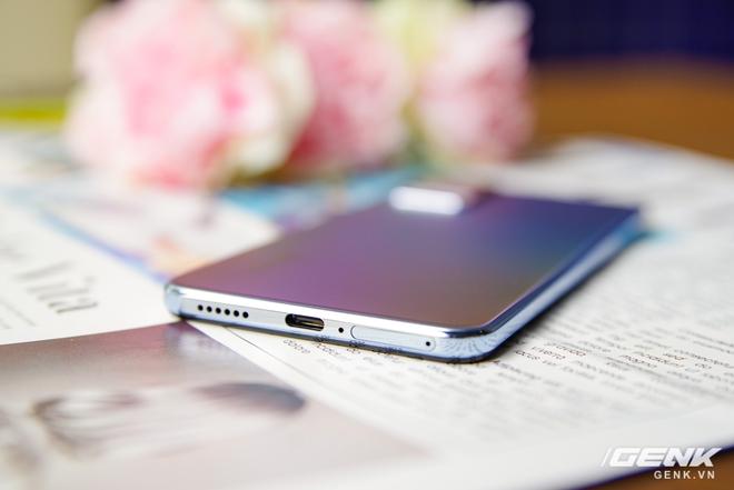 Trên tay Vivo V21 5G: thiết kế mỏng nhẹ đẹp mắt, đặc biệt có Camera selfie 44MP chống rung OIS - Ảnh 5.