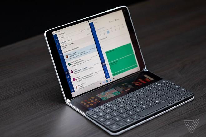 Còn chưa kịp ra mắt người dùng, Windows 10X đã bị Microsoft xếp xó - Ảnh 1.