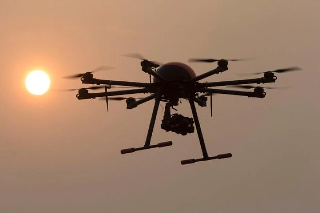 Ghi nhận trường hợp drone tự ý tấn công con người đầu tiên, tiếp tục dấy lên những lo sợ về vũ khí tự hành - Ảnh 1.
