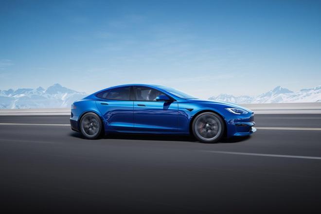 Tesla ra mắt mẫu xe Model S Plaid hiệu năng cao, tốc độ siêu nhanh, mạnh ngang PS5, giá bán từ 131.100 USD - Ảnh 2.