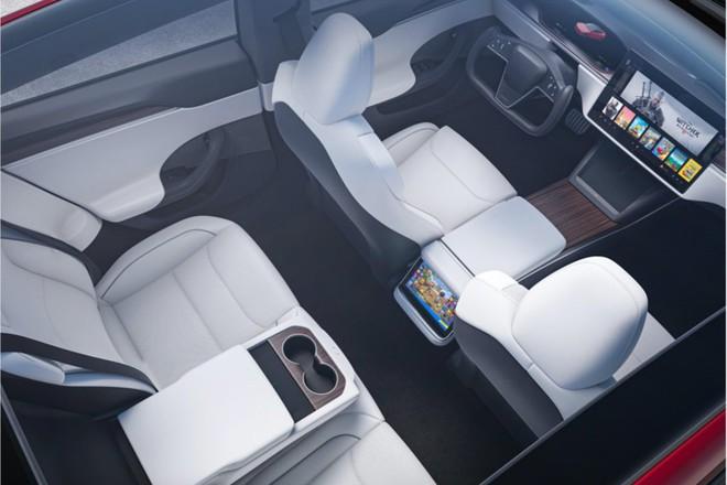 Tesla ra mắt mẫu xe Model S Plaid hiệu năng cao, tốc độ siêu nhanh, mạnh ngang PS5, giá bán từ 131.100 USD - Ảnh 8.