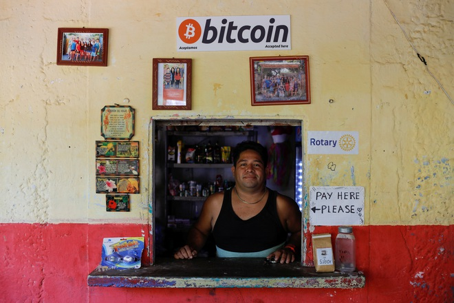 Làng chài nhỏ bên bờ biển ở El Salvador này đang hé lộ cái nhìn thoáng qua về một nền kinh tế tiền điện tử - Ảnh 5.
