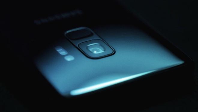 Giải pháp cho khuyết điểm của cảm biến camera lớn trên smartphone có thể nằm ở... Galaxy S9 - Ảnh 2.