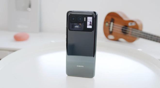 Giải pháp cho khuyết điểm của cảm biến camera lớn trên smartphone có thể nằm ở... Galaxy S9 - Ảnh 8.