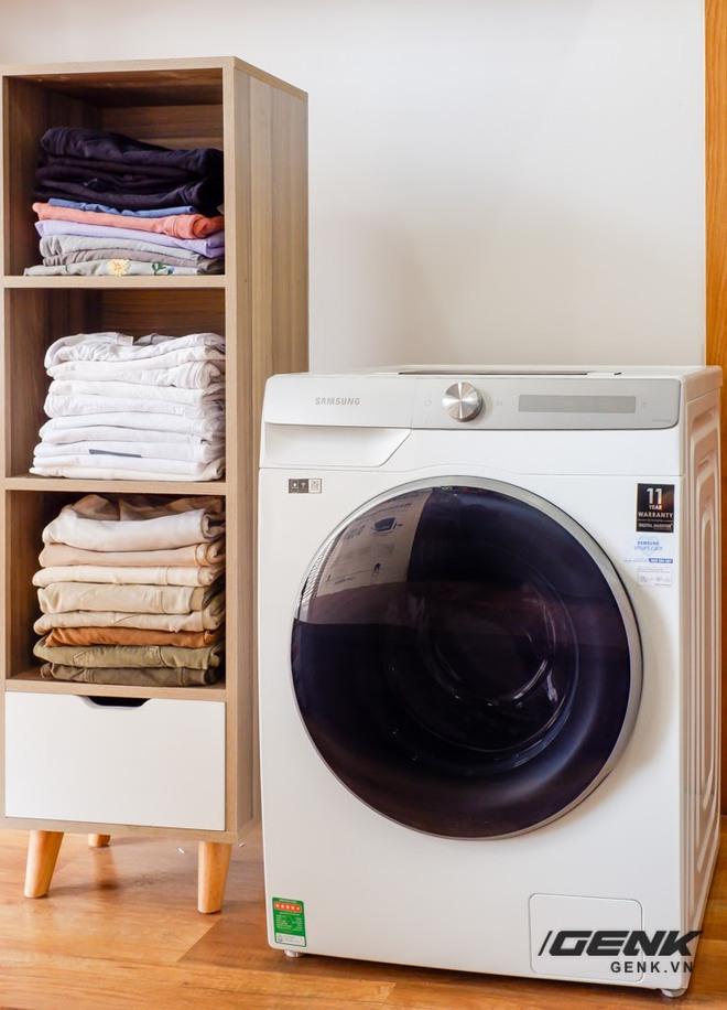 Trải nghiệm thực tế máy giặt Samsung AI: Kết nối trực tiếp với điện thoại, đo được khối lượng độ bẩn quần áo, giá bán 14 triệu đồng - Ảnh 2.