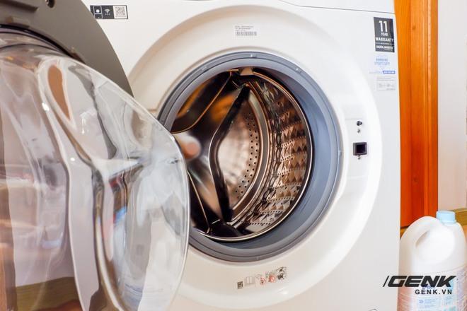 Trải nghiệm thực tế máy giặt Samsung AI: Kết nối trực tiếp với điện thoại, đo được khối lượng độ bẩn quần áo, giá bán 14 triệu đồng - Ảnh 6.