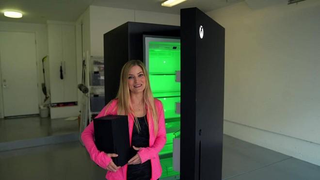 Tưởng chỉ là trò đùa của cộng đồng mạng, ai dè Microsoft biến Xbox Series X thành tủ lạnh mini thật luôn - Ảnh 2.
