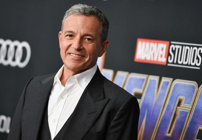 Disney từng hỏi mua Warner Bros. nhưng không thành công, Marvel và DC lỡ cơ hội về chung 1 nhà - Ảnh 1.