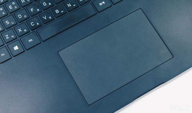 Trên tay LG Gram 2021: Laptop 17 inch nhưng chỉ nặng bằng laptop 13 inch hãng khác - Ảnh 9.
