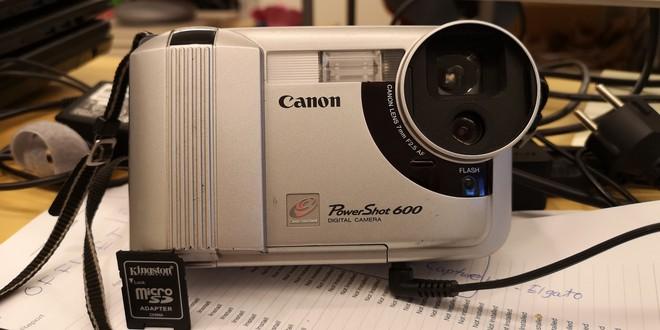 Lịch sử của camera kỹ thuật số: Từ nguyên mẫu những năm 70 nặng 4kg đến những chiếc iPhone và Galaxy bé nhỏ nằm trong túi - Ảnh 17.