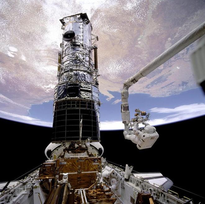 Kính viễn vọng không gian Hubble đang bị hỏng, NASA đã thử sửa 3 lần nhưng thất bại - Ảnh 3.