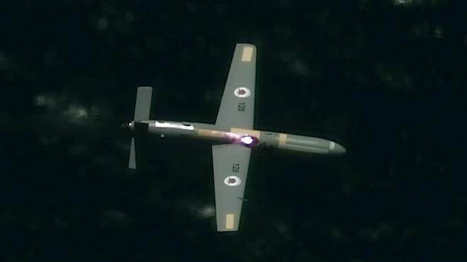 Israel vừa bắn hạ loạt drone bằng súng laser cường độ cao trên không - Ảnh 2.