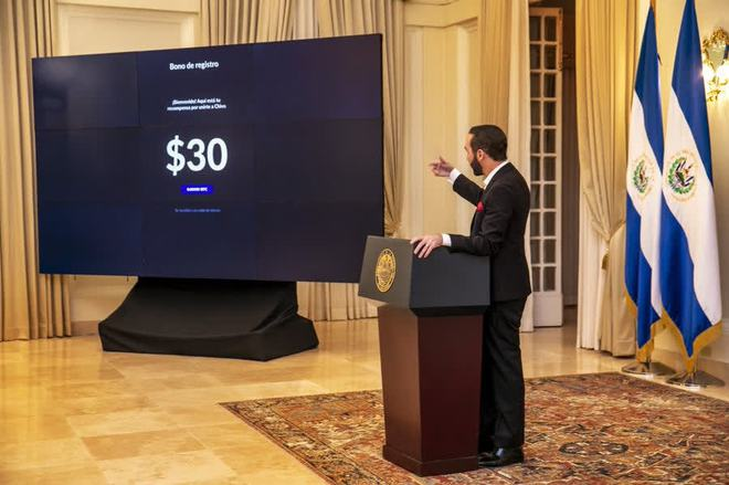 Chịu chơi như chính phủ El Salvador: Tặng miễn phí Bitcoin cho toàn bộ người dân, chỉ cần cài ví blockchain là đủ điều kiện nhận - Ảnh 1.