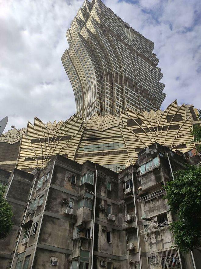 Ám ảnh với loạt hình về địa ngục đô thị: Khi con người tự xây dựng hoặc biến nơi ở của mình thành cơn ác mộng - Ảnh 9.