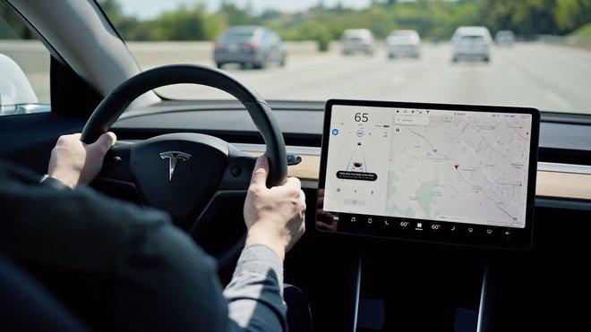 Chính phủ Trung Quốc yêu cầu Tesla thu hồi hầu như toàn bộ xe đã bán ra do vấn đề với chức năng kiểm soát hành trình - Ảnh 1.
