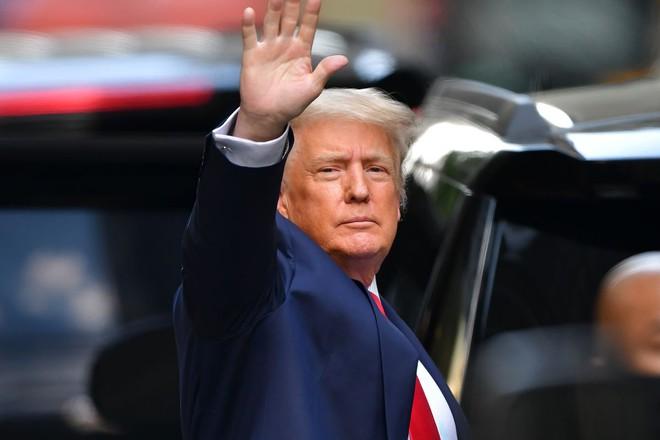Cựu Tổng thống Donald Trump đóng cửa trang blog cạnh tranh với Facebook và Twitter - Ảnh 1.