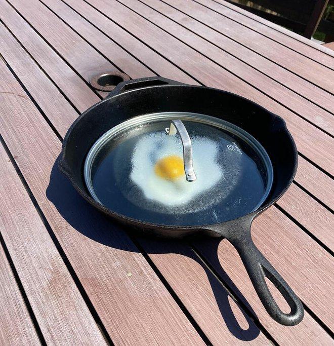 20 hình ảnh cho thấy cái nóng như thiêu đốt tại Mỹ và Canada: mặt đường nứt toát, nấu trứng không cần lửa - Ảnh 7.