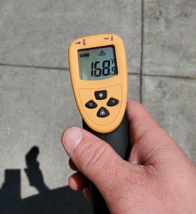 20 hình ảnh cho thấy cái nóng như thiêu đốt tại Mỹ và Canada: mặt đường nứt toát, nấu trứng không cần lửa - Ảnh 12.