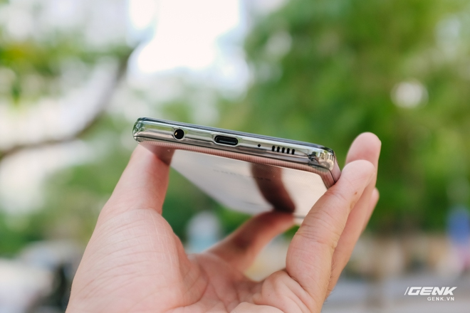 Trên tay Samsung Galaxy M62: Màn hình 6.7 inch, camera chính 64MP và pin 7000mAh - Ảnh 8.
