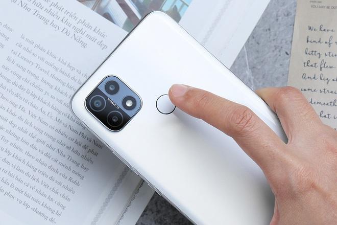 Đánh giá Samsung Galaxy M12: Pin trâu, màn hình 90Hz trong tầm giá rẻ - Ảnh 25.