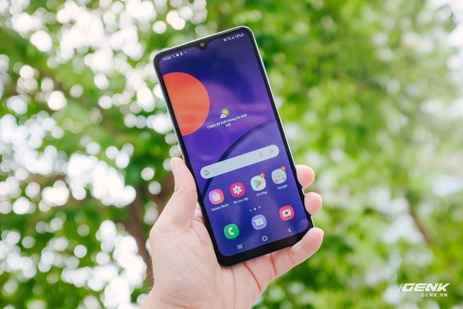 Đánh giá Samsung Galaxy M12: Pin trâu, màn hình 90Hz trong tầm giá rẻ - Ảnh 11.