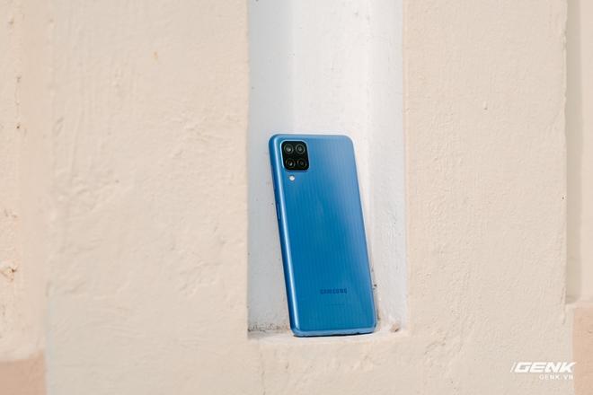 Đánh giá Samsung Galaxy M12: Pin trâu, màn hình 90Hz trong tầm giá rẻ - Ảnh 23.
