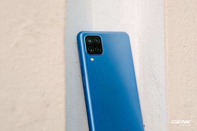 Đánh giá Samsung Galaxy M12: Pin trâu, màn hình 90Hz trong tầm giá rẻ - Ảnh 27.