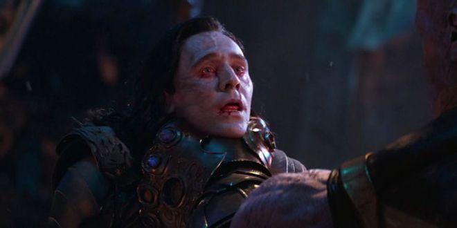 Soi tiểu tiết Loki tập thứ 5: Tháp Avengers bị bán, Thanos cưỡi trực thăng, búa Mjolnir bị vứt như phế thải - Ảnh 10.