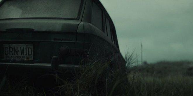 Soi tiểu tiết Loki tập thứ 5: Tháp Avengers bị bán, Thanos cưỡi trực thăng, búa Mjolnir bị vứt như phế thải - Ảnh 14.