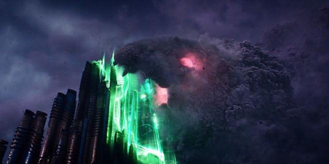 Soi tiểu tiết Loki tập thứ 5: Tháp Avengers bị bán, Thanos cưỡi trực thăng, búa Mjolnir bị vứt như phế thải - Ảnh 18.