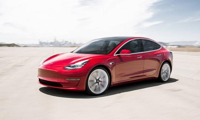 Cài số lùi nhưng xe lại tiến, chủ sở hữu Model 3 nói mình đã bị Tesla lật đổ tam quan - Ảnh 1.