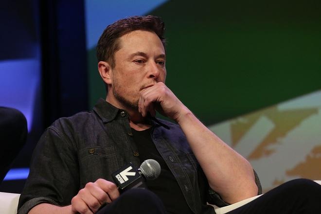 Ám ảnh với những cơn thịnh nộ của Elon Musk, nhân viên Tesla thậm chí bị cấm tới gần bàn làm việc của sếp - Ảnh 2.
