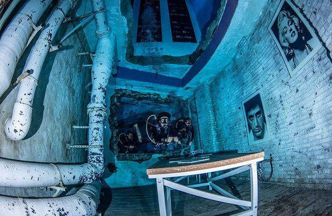 Sử dụng 14 triệu lít nước, Dubai đã xây dựng được hồ bơi sâu nhất thế giới và tái hiện lại lục địa Atlantis đã mất - Ảnh 7.