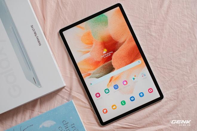 Mở hộp Galaxy Tab S7 FE: Thiết kế vẫn cao cấp, có thêm màu Xanh Mint trẻ trung, cấu hình rút gọn, có kết nối 5G, giá 13.9 triệu đồng - Ảnh 9.