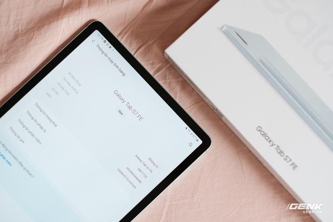 Mở hộp Galaxy Tab S7 FE: Thiết kế vẫn cao cấp, có thêm màu Xanh Mint trẻ trung, cấu hình rút gọn, có kết nối 5G, giá 13.9 triệu đồng - Ảnh 16.