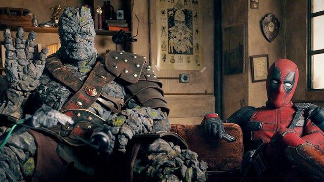 Đúng là Deadpool: Gia nhập MCU nhưng chưa vội làm phim mới, ngồi soi trailer phim khác của chính mình cái đã - Ảnh 2.