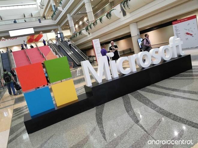 Với Windows 11, Microsoft cho thấy họ cưng Android không kém gì Google - Ảnh 1.
