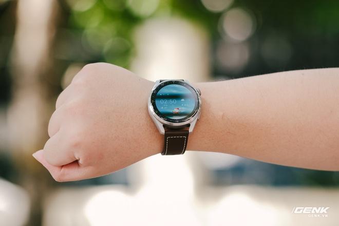Trên tay Huawei Watch 3 Pro: Thiết kế nam tính chỉ hợp với cổ tay to, hỗ trợ eSIM, có tính năng đo thân nhiệt, pin 5 ngày, giá 13 triệu đồng - Ảnh 4.