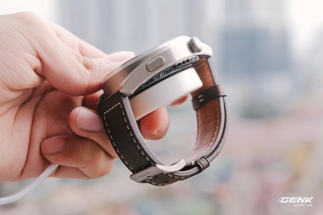 Trên tay Huawei Watch 3 Pro: Thiết kế nam tính chỉ hợp với cổ tay to, hỗ trợ eSIM, có tính năng đo thân nhiệt, pin 5 ngày, giá 13 triệu đồng - Ảnh 2.