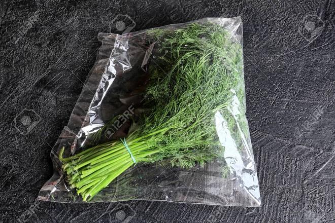 Thủ thuật hút chân không túi đựng thực phẩm này sẽ giúp bạn giữ đồ ăn tươi lâu nhất có thể - Ảnh 3.
