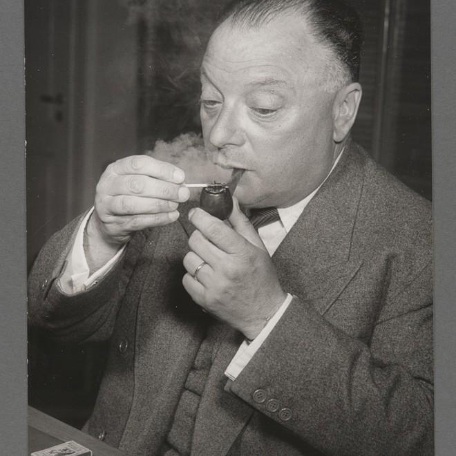 Pauli: Nhà khoa học có nọc độc đáng sợ tới mức ngay cả Einstein cũng phải lạnh gáy khi tới gần - Ảnh 4.