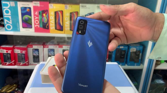 Smartphone Vsmart bất ngờ xuất hiện trên thị trường dù Vingroup đã rút khỏi thị trường di động (Cập nhật: Phản hồi từ VinSmart) - Ảnh 6.