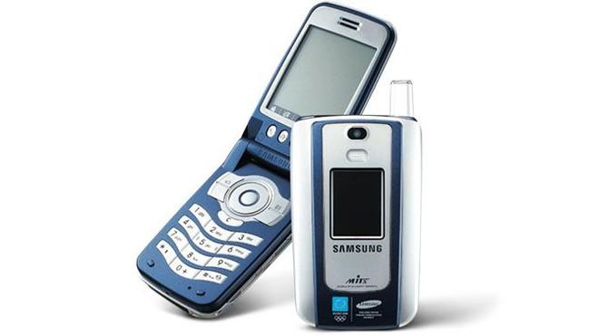 Điểm danh những chiếc điện thoại Samsung đã gắn liền với Olympic - Ảnh 3.