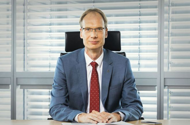 Vingroup bổ nhiệm cựu Phó chủ tịch Volkswagen Mỹ làm Tổng giám đốc VinFast toàn cầu - Ảnh 2.