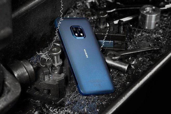 """Smartphone Nokia XR20 5G """"nồi đồng cối đá"""" chính thức ra mắt, giá 549 USD - Ảnh 1."""