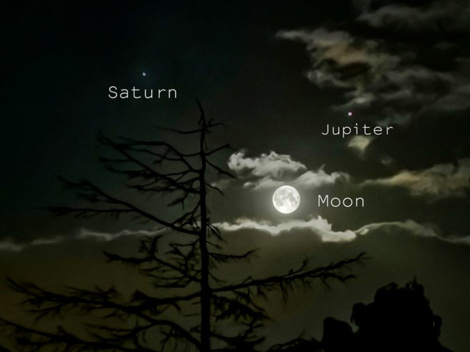 Những bức ảnh thiên văn đẹp mê hồn này được chụp bằng smartphone - Ảnh 16.