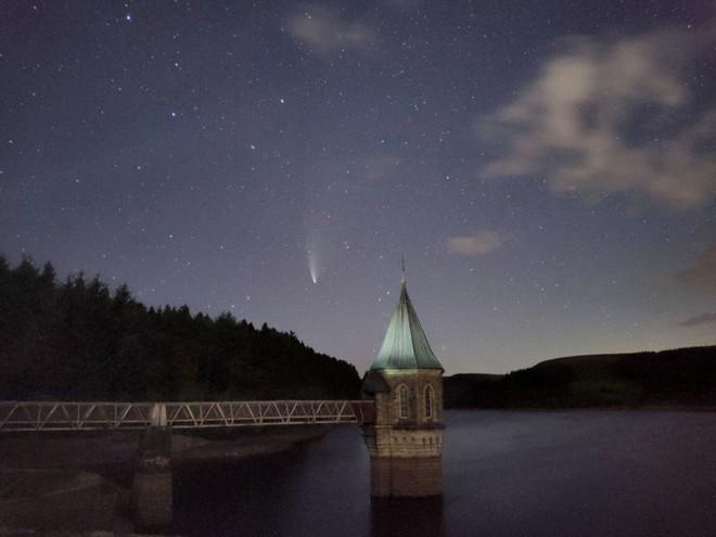 Những bức ảnh thiên văn đẹp mê hồn này được chụp bằng smartphone - Ảnh 20.