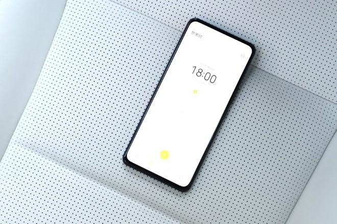 ZTE ra mắt smartphone với camera ẩn dưới màn hình thế hệ mới, giá từ 7.7 triệu đồng - Ảnh 2.